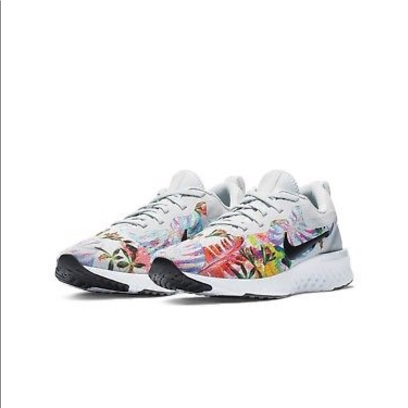 07e5d4c5362d NWT Nike Odyssey React Floral Womens Running Shoes